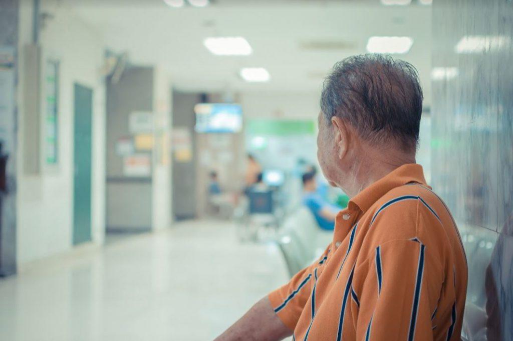 bảo hiểm sức khỏe cho người cao tuổi