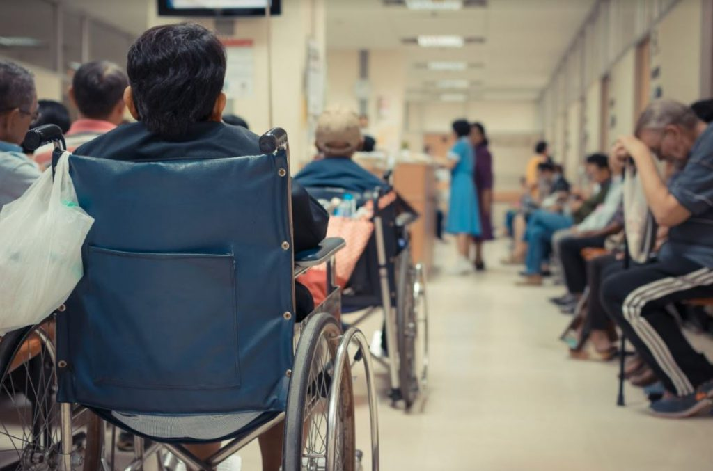 bảo hiểm sức khỏe cho người lớn tuổi