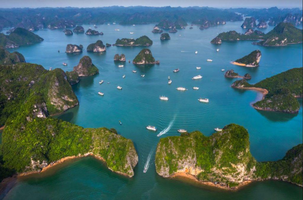 đảo trong vịnh Hạ Long