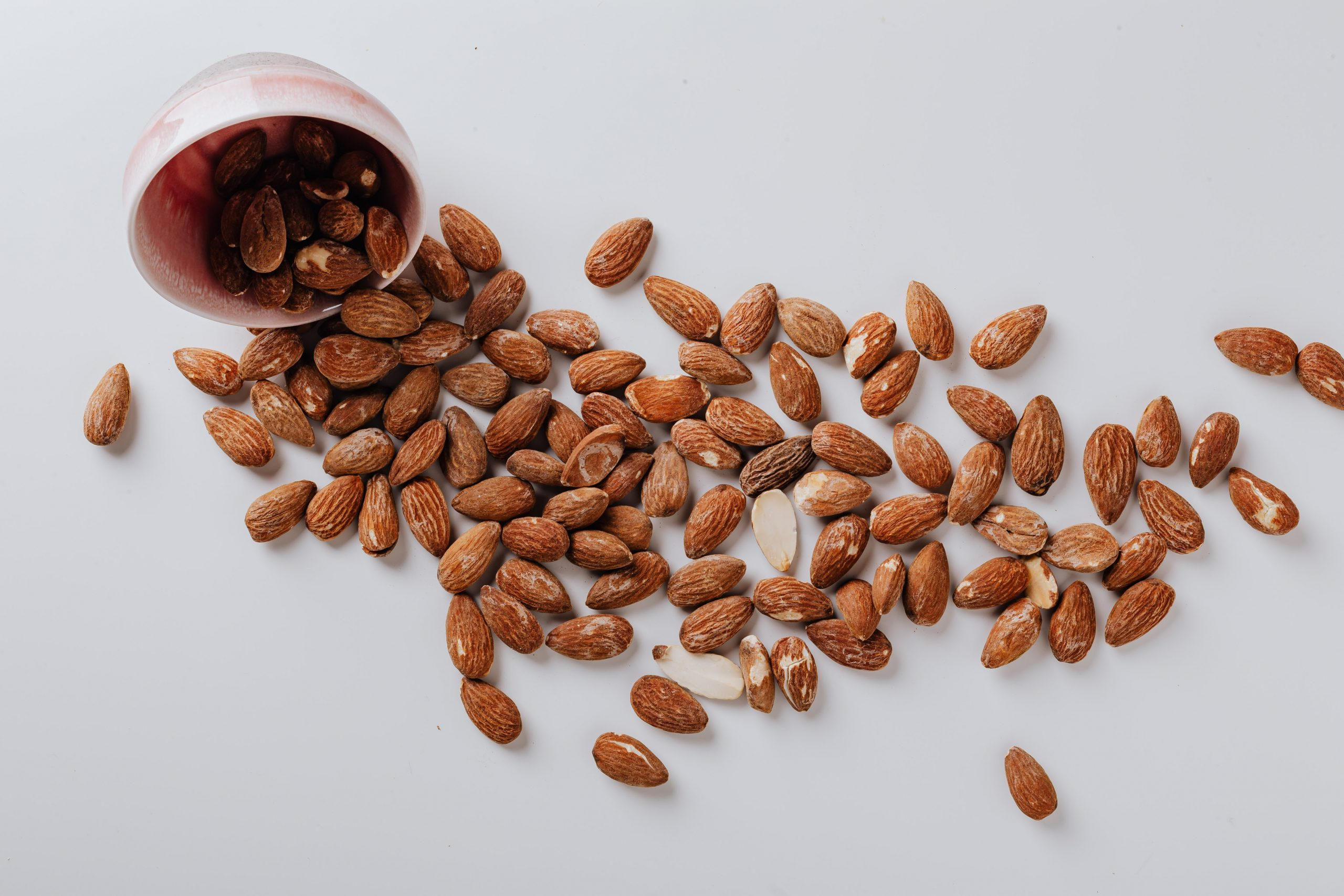 almonds healthy fats
